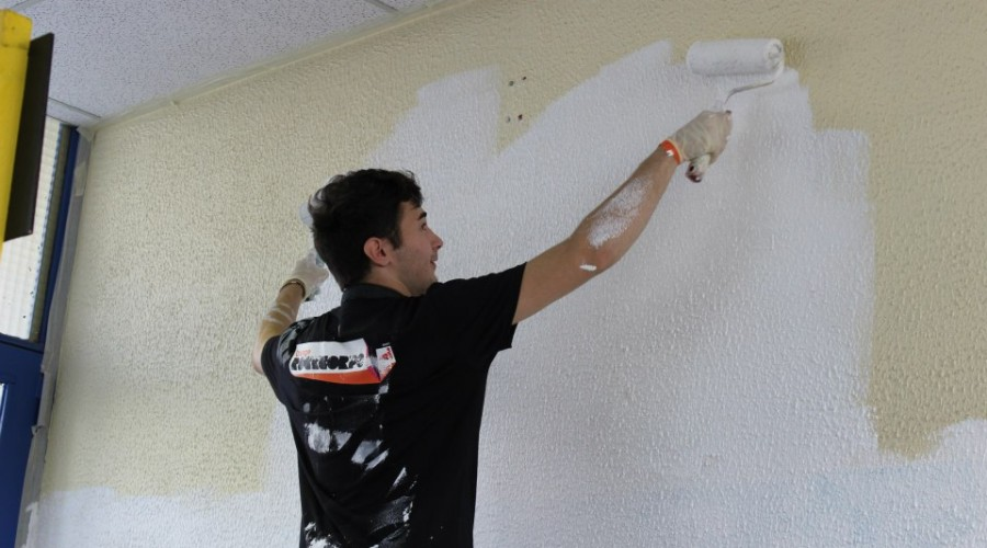 Travaux avec Orange Rock Corps du 19 octobre 2014 : le hall passe en blanc !